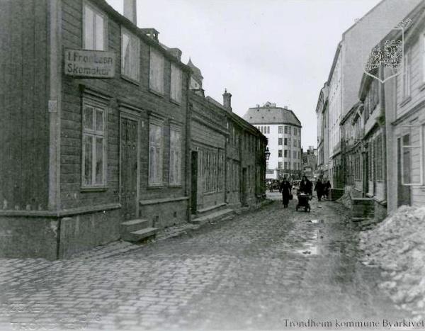 trhUMC- første metodist Nedre Bakklandet 44-52 [586592]